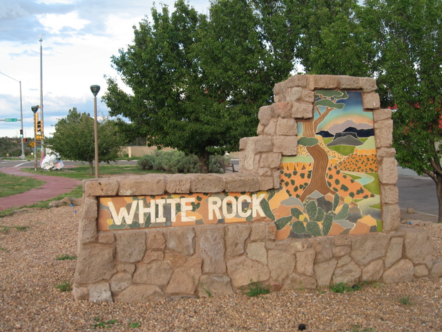 White Rock Welcome Sign