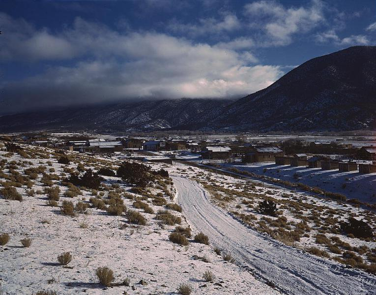 Questa, Taos County, New Mexico-1943